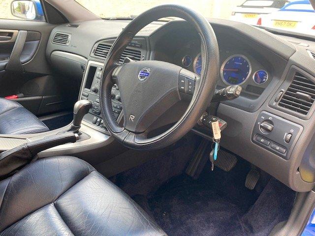2006 VOLVO V70 R ESTATE 2.5 AWD 300 BHP AUTO * RARE SONIC BLUE SOLD (picture 4 of 6)