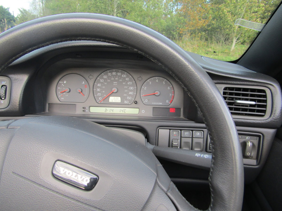 2004 Volvo C70 T5 Collection Auto For Sale (picture 4 of 5)