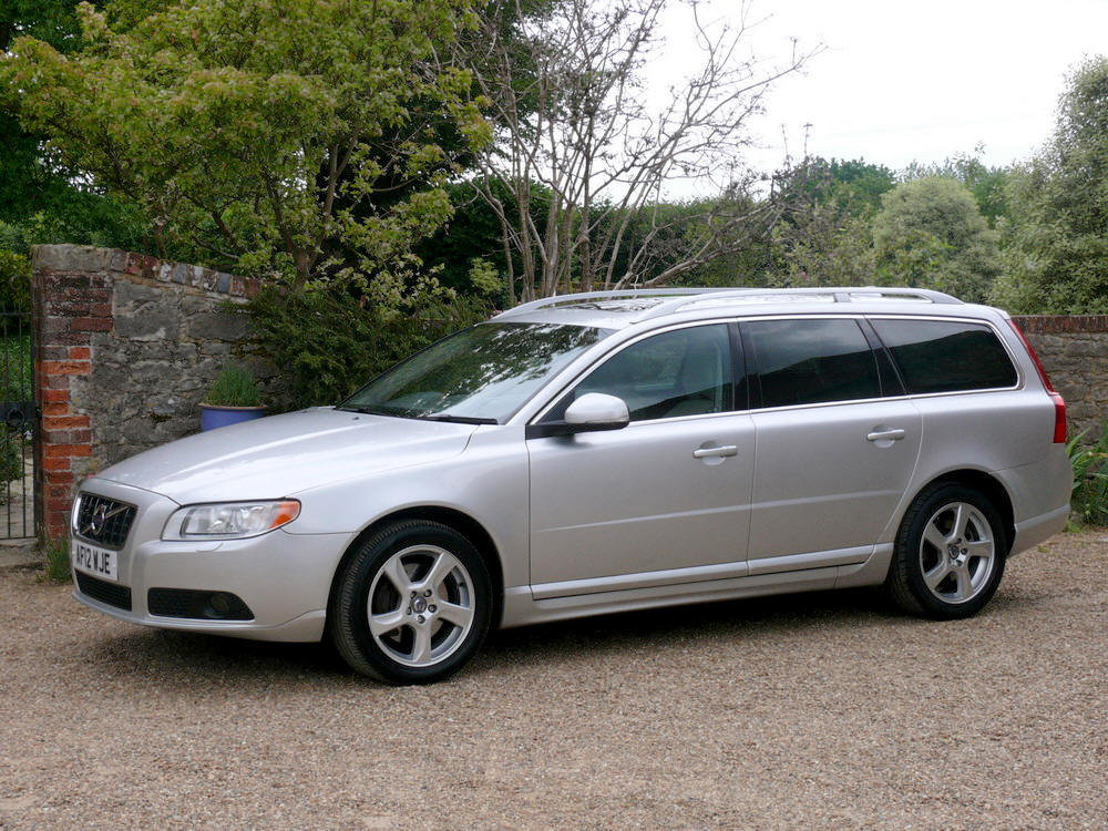 2012 Volvo V70 D5 SE Lux Estate  For Sale (picture 1 of 6)