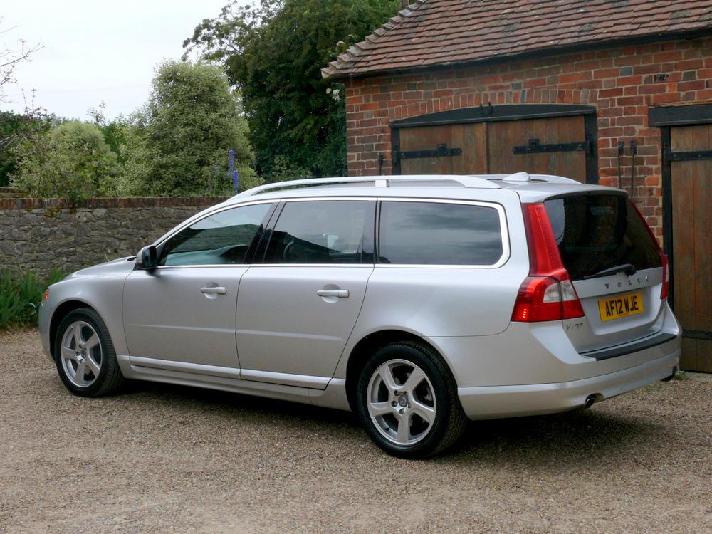 2012 Volvo V70 D5 SE Lux Estate  For Sale (picture 2 of 6)