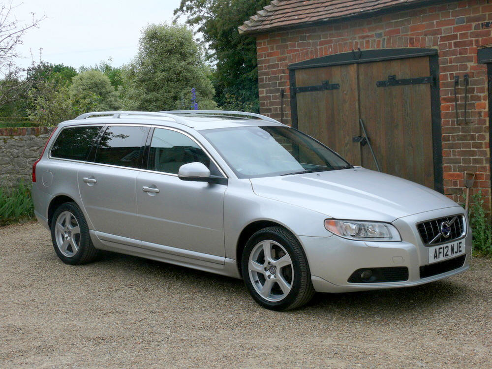 2012 Volvo V70 D5 SE Lux Estate  For Sale (picture 3 of 6)