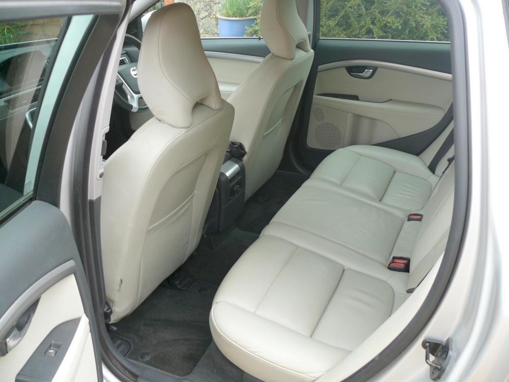 2012 Volvo V70 D5 SE Lux Estate  For Sale (picture 5 of 6)