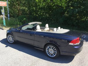 Picture of 2007 Volvo C70 SOLD