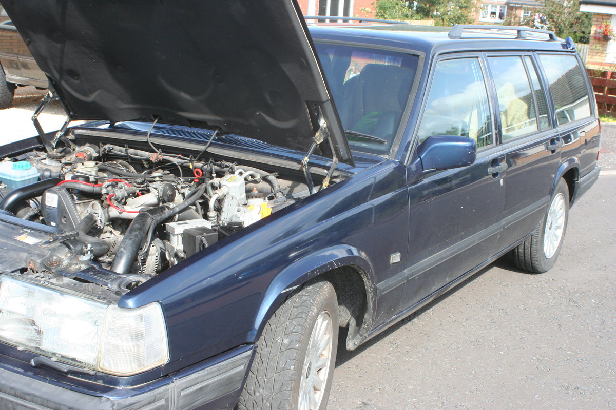 1988 Volvo 940 Celebration 2.3 LPT For Sale (picture 1 of 6)