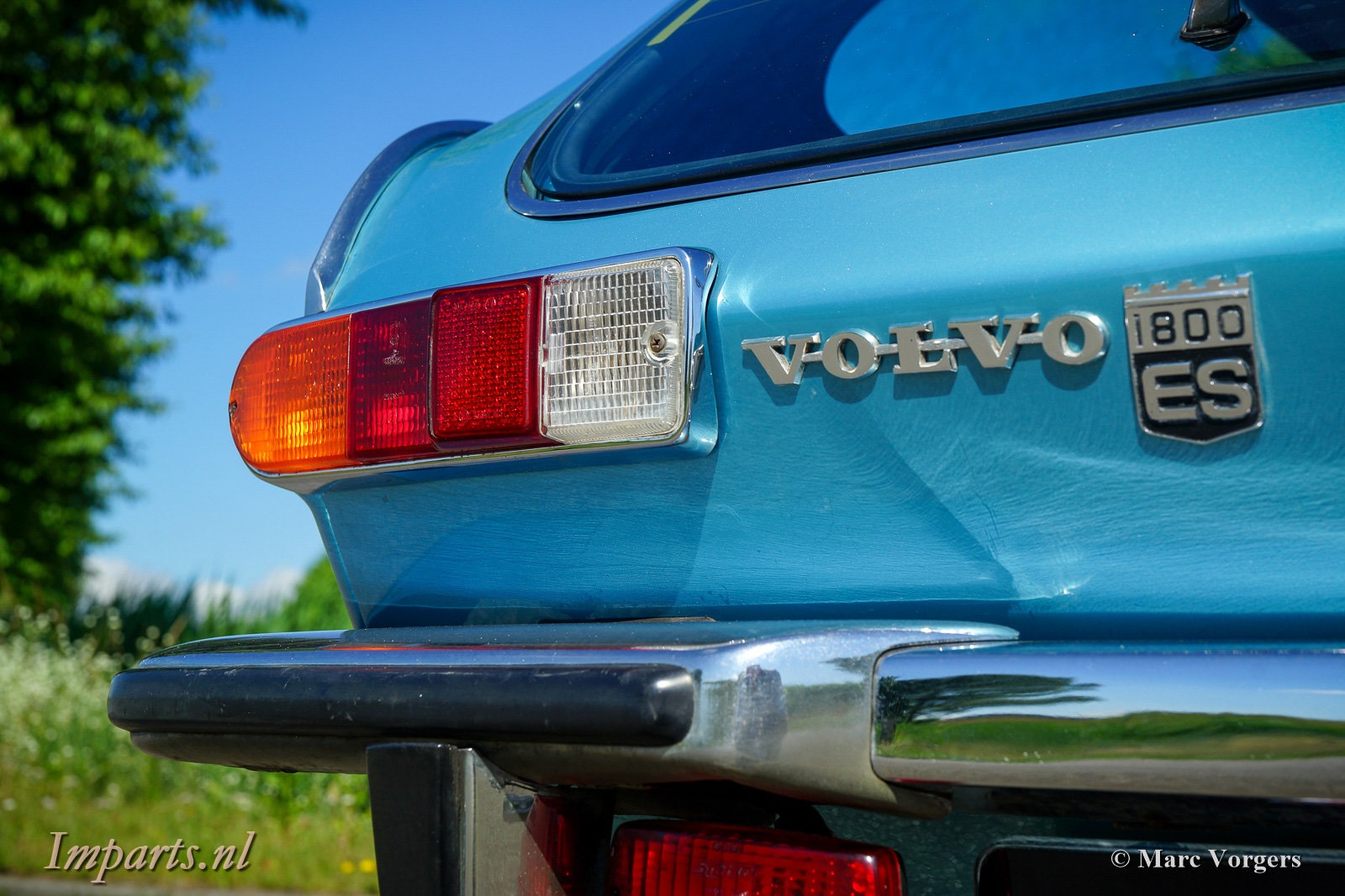 Excellent Classic Volvo P1800ES with Overdrive 1973 (LHD) For Sale (picture 5 of 6)