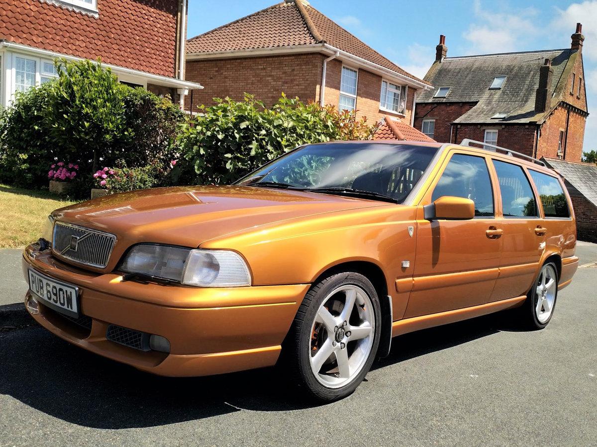 1998 Volvo V70R Manual - Saffron Pearl For Sale (picture 1 of 6)