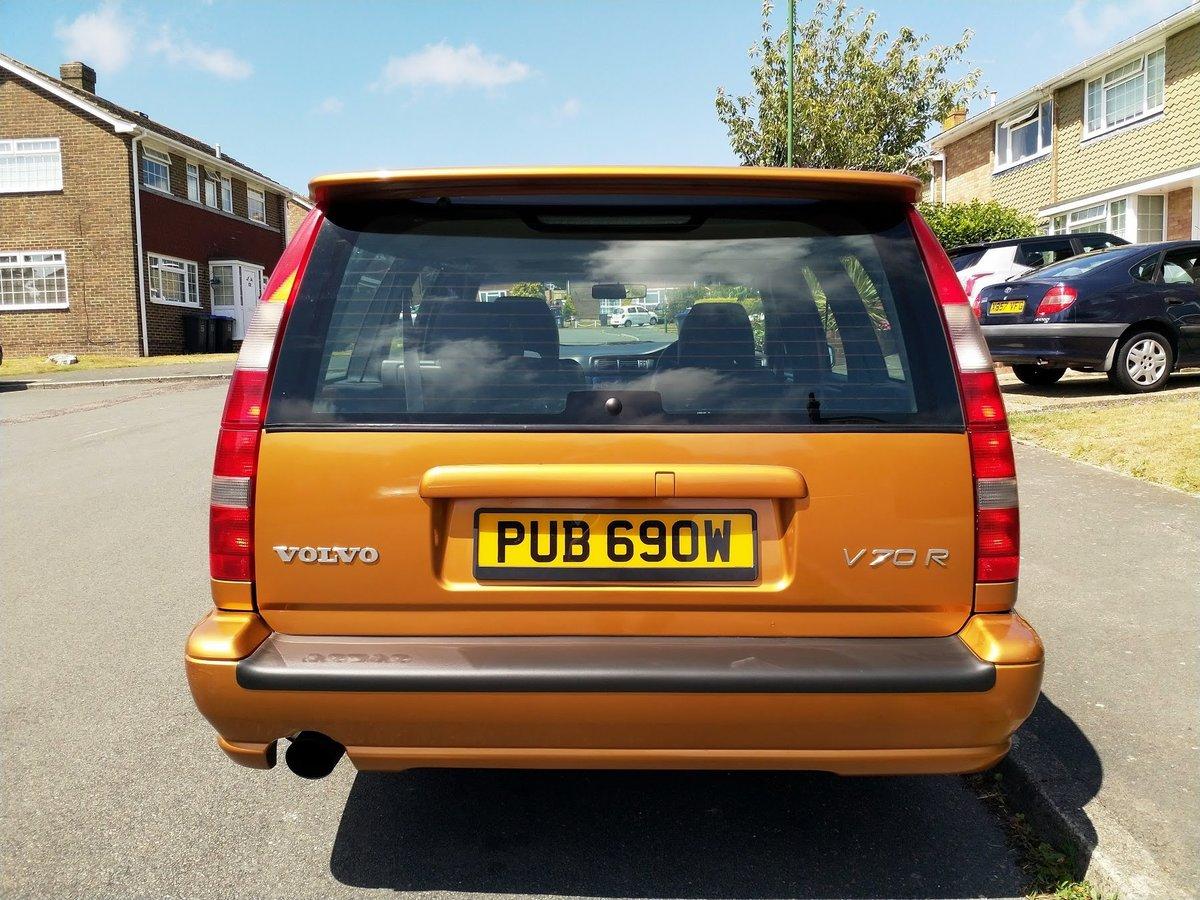 1998 Volvo V70R Manual - Saffron Pearl For Sale (picture 2 of 6)