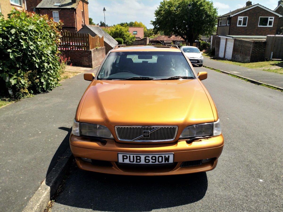 1998 Volvo V70R Manual - Saffron Pearl For Sale (picture 4 of 6)