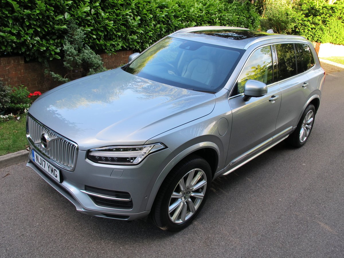 VOLVO XC90 2017 2.0 T8 HYBRID 32K VFSH - ELECTRIC SILVER     For Sale (picture 1 of 6)