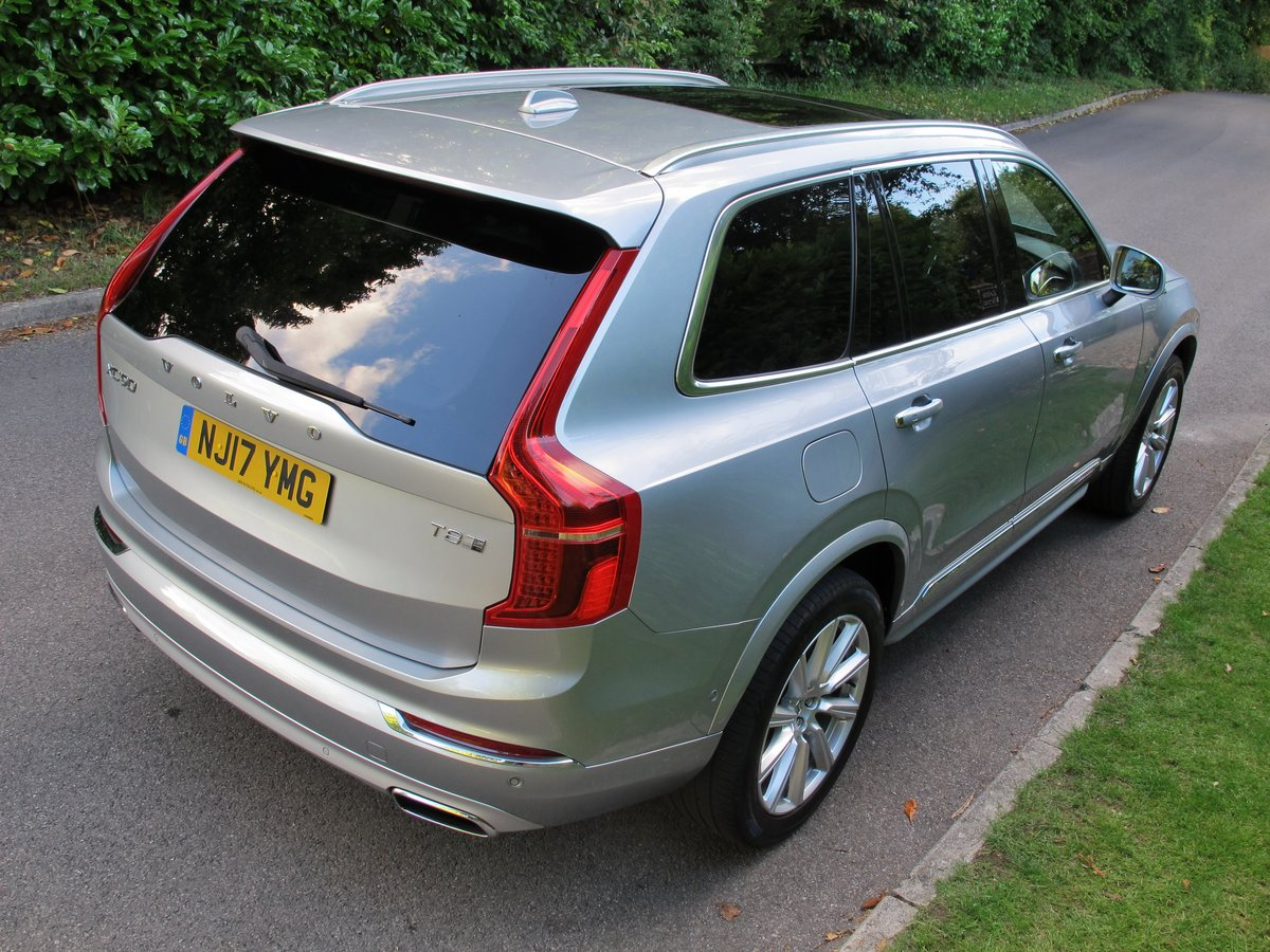 VOLVO XC90 2017 2.0 T8 HYBRID 32K VFSH - ELECTRIC SILVER     For Sale (picture 3 of 6)