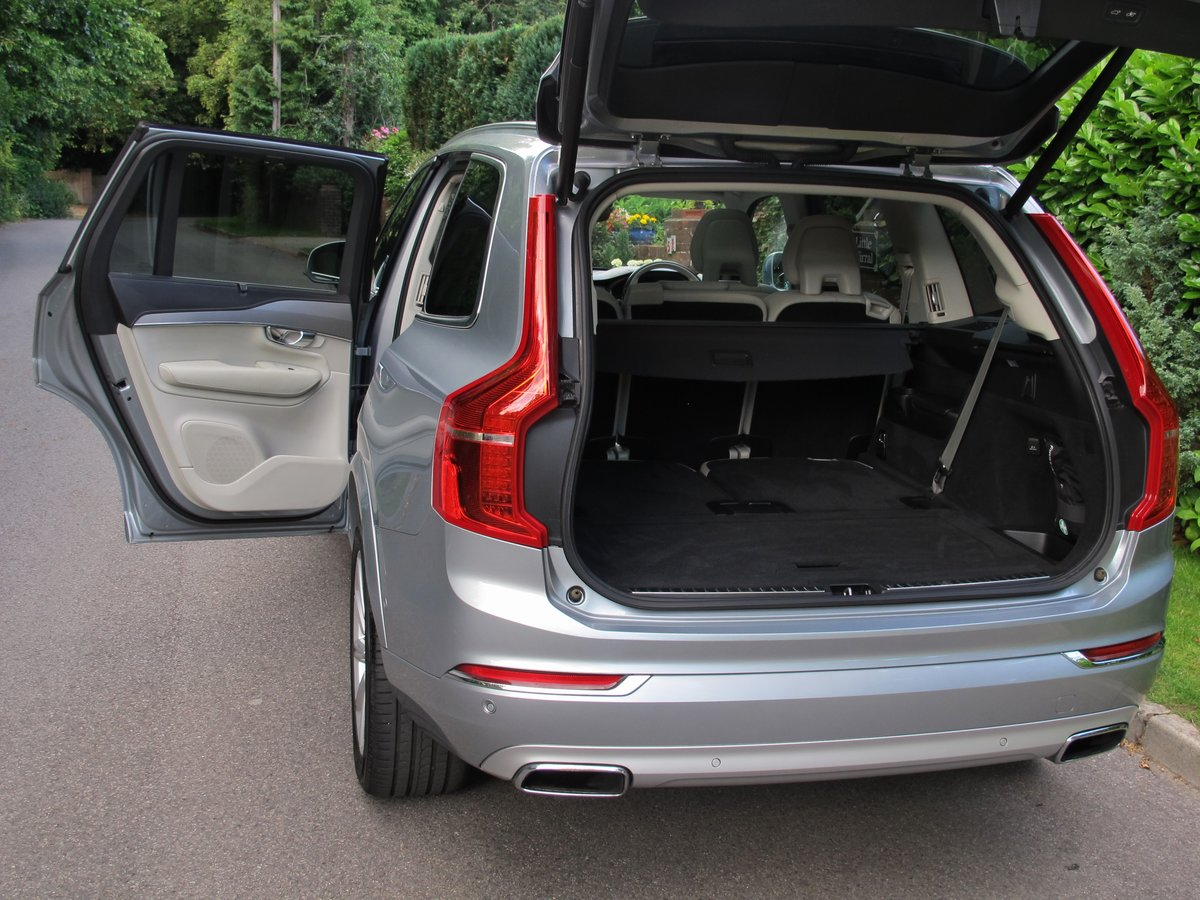 VOLVO XC90 2017 2.0 T8 HYBRID 32K VFSH - ELECTRIC SILVER     For Sale (picture 6 of 6)