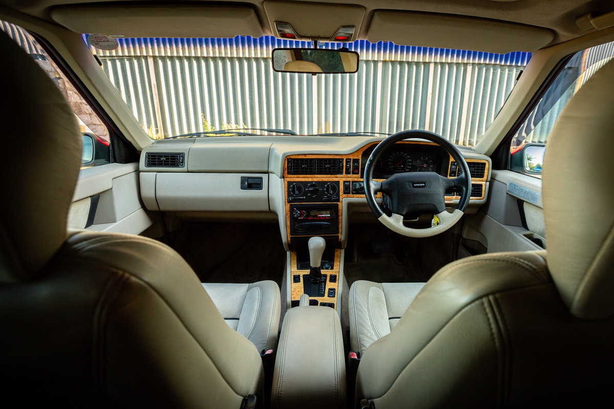 1996 VOLVO 850 R ESTATE LOW MILES STUNNING CONDITION MODERN CLASS For Sale (picture 5 of 6)