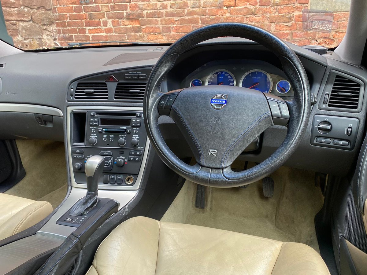 2005 Volvo V70R AWD 2.5L Turbo auto JDM import For Sale (picture 2 of 6)
