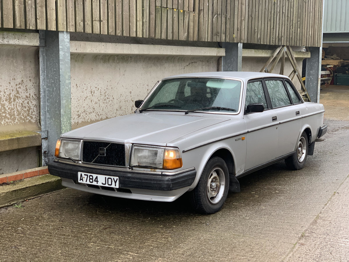 1984 Volvo 240 Low owner well maintained, silver saloon SOLD (picture 1 of 6)