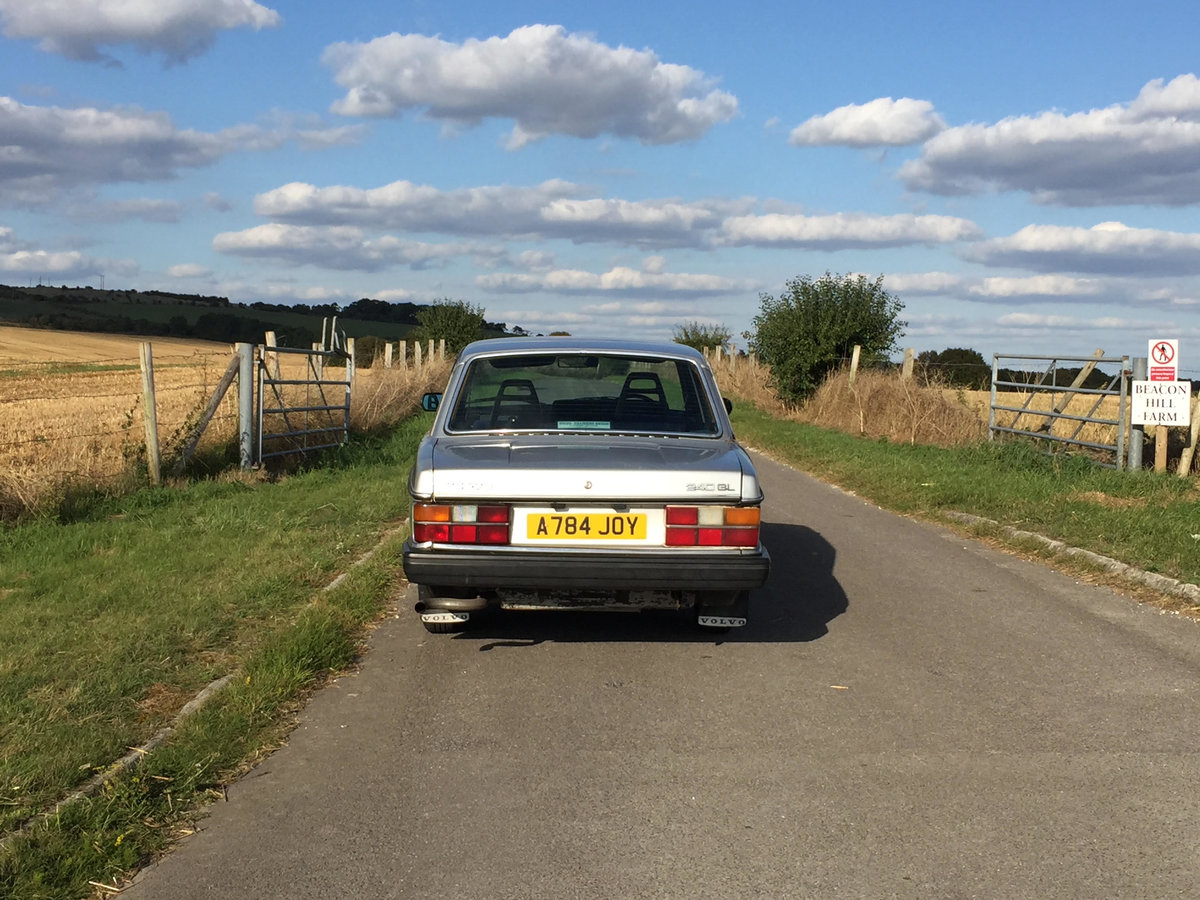 1984 Volvo 240 Low owner well maintained, silver saloon SOLD (picture 2 of 6)