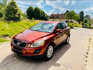 2010 LHD VOLVO XC60 SE LUX AWD, 2.4d AUTO, LEFT HAND DRIVE