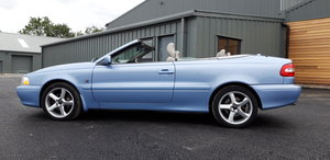 Picture of 2004 Volvo C70 T5 GT