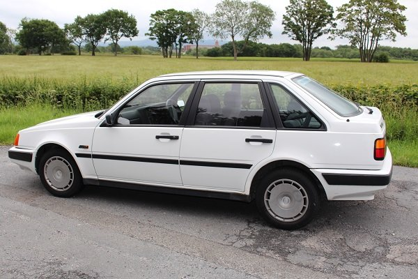 1992 Volvo 440 One owner very low mileage, full history SOLD (picture 4 of 6)