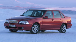 Picture of 0105 Volvo S70's