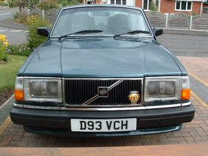Volvo 240 gl saloon 2.3 ltr auto