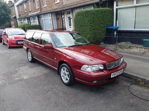 Volvo V70 - Very Low Mileage