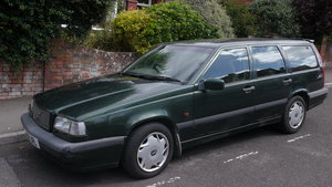 Volvo 850 CD Estate Auto Tow Bar 7 Seats
