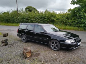 1998 Volvo V70 R - FWD - MANUAL - Rare UK car