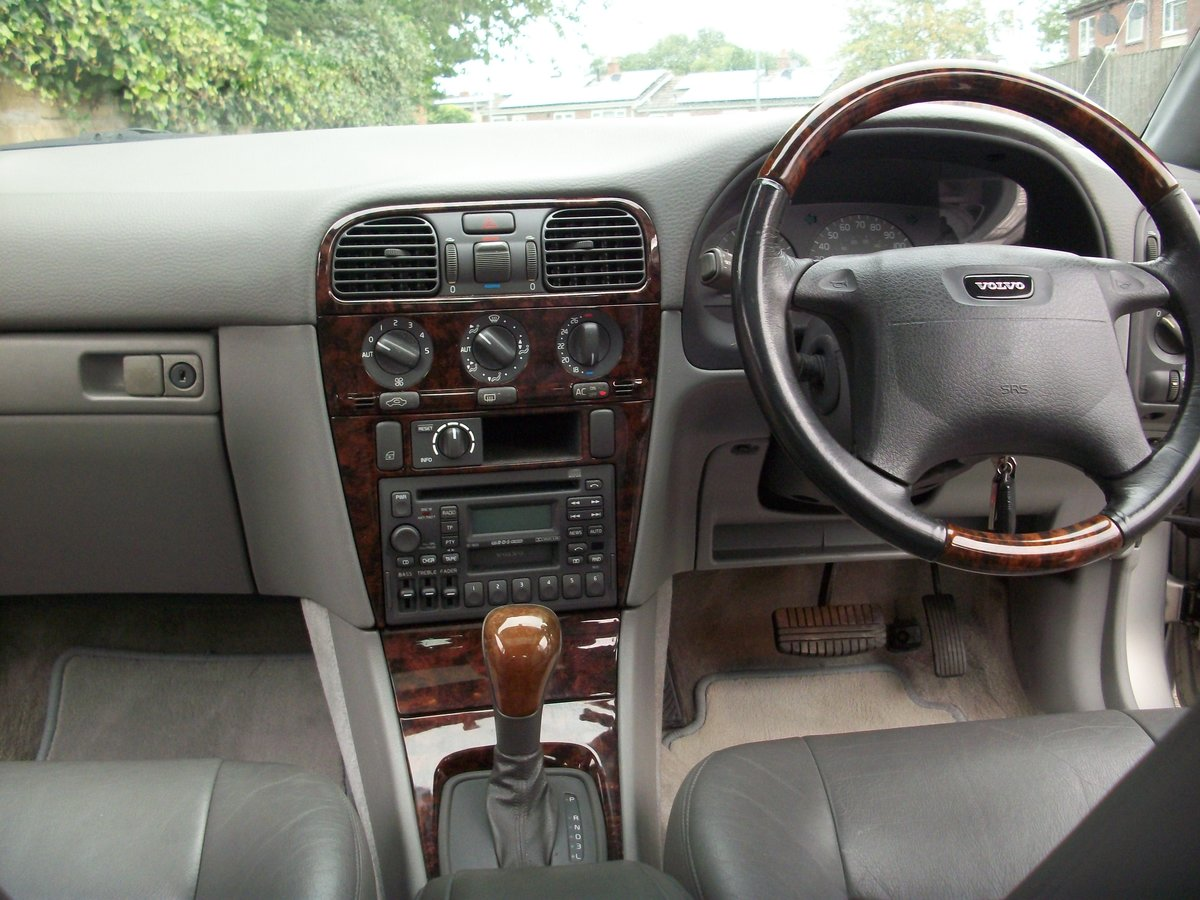 1998 volvo s40 cd 2.0i auto 35,872 miles SOLD (picture 6 of 6)