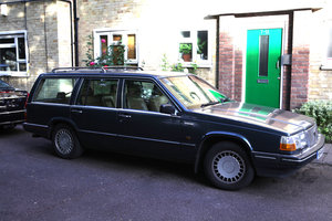 1990 Volvo 760 estate 2.3 turbo - beautiful condition