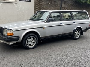 1987 Volvo 240glt auto leather estate