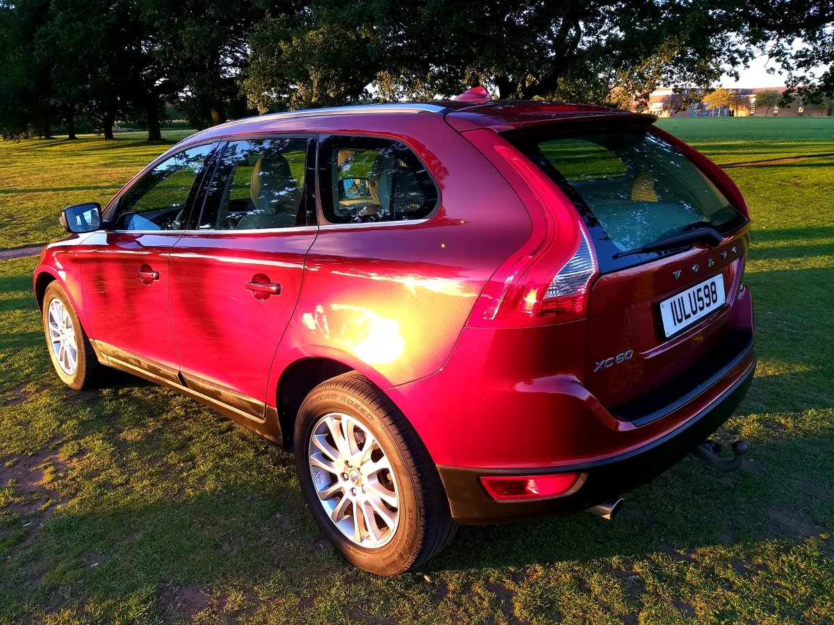 2010 LHD VOLVO XC60 SE LUX AWD, 2.4d AUTO, LEFT HAND DRIVE For Sale (picture 3 of 6)