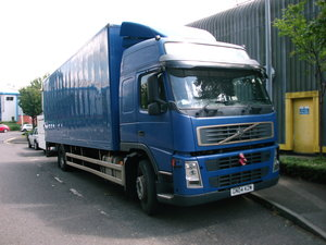 Volvo FM9 L2 H2 18 ton Rigid/ tail-lift / D9A 260 Engine