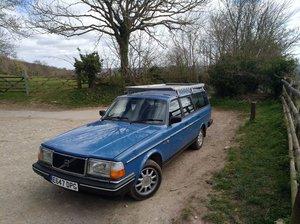 Volvo 240 gl estate