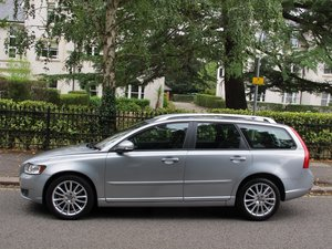 VOLVO V50 2.0D SE LUX AUTOMATIC 2010/10 1 OWNER VFSH LEATHER