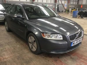 Volvo S40 1.6 TD DRIVe S 4dr