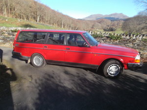 Picture of 1990 Volvo Estate