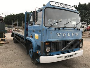 Picture of 1985 Volvo f616 sleeper cab beaver tail truck