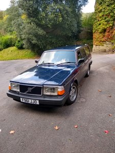 Volvo245 DL non molested original car