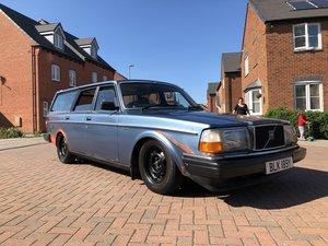 Picture of 1983 Volvo 240 Estate