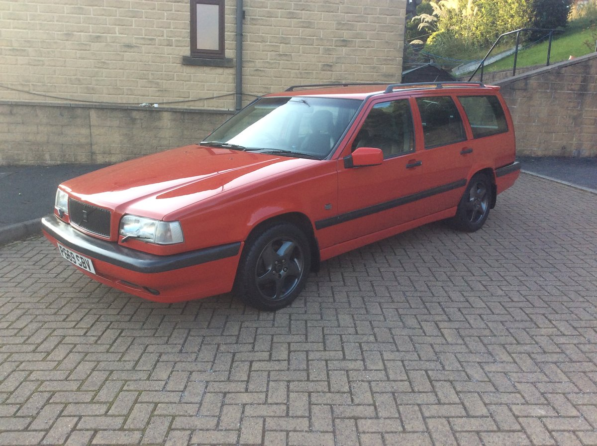 1996 Volvo 850 T5 manual estate  For Sale (picture 2 of 6)