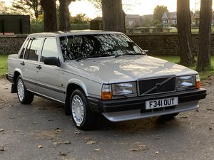 1988 VOLVO 740 2.0 AUTO SALOON. JUST 64,000 MILES!