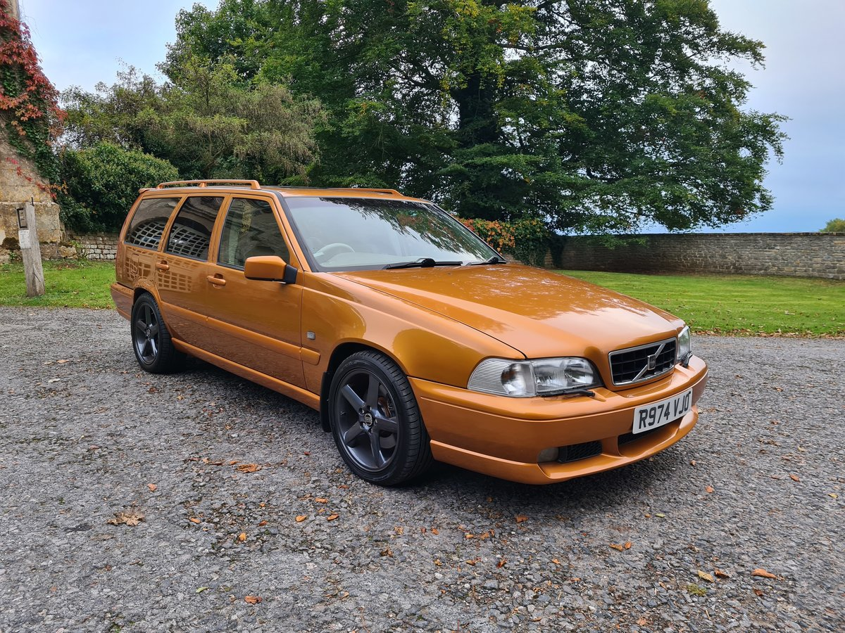 1997 Volvo V70R 2.3T 5dr Estate For Sale (picture 2 of 6)
