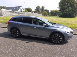 VOLVO V60 LUX CC further reduced -VOLVO WARRANTY