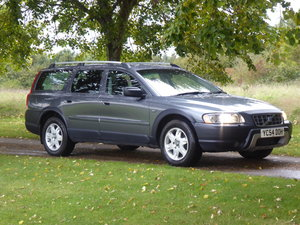 Picture of 2004 Volvo XC70 D5 Auto 4WD Full Volvo Service History x 18