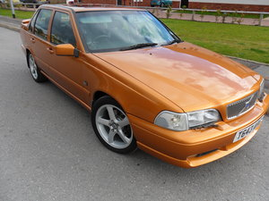 Picture of 1999 Volvo S70 R Saffron Gold Automatic