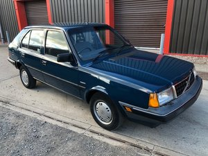 Picture of 1990 Volvo 340 1.4