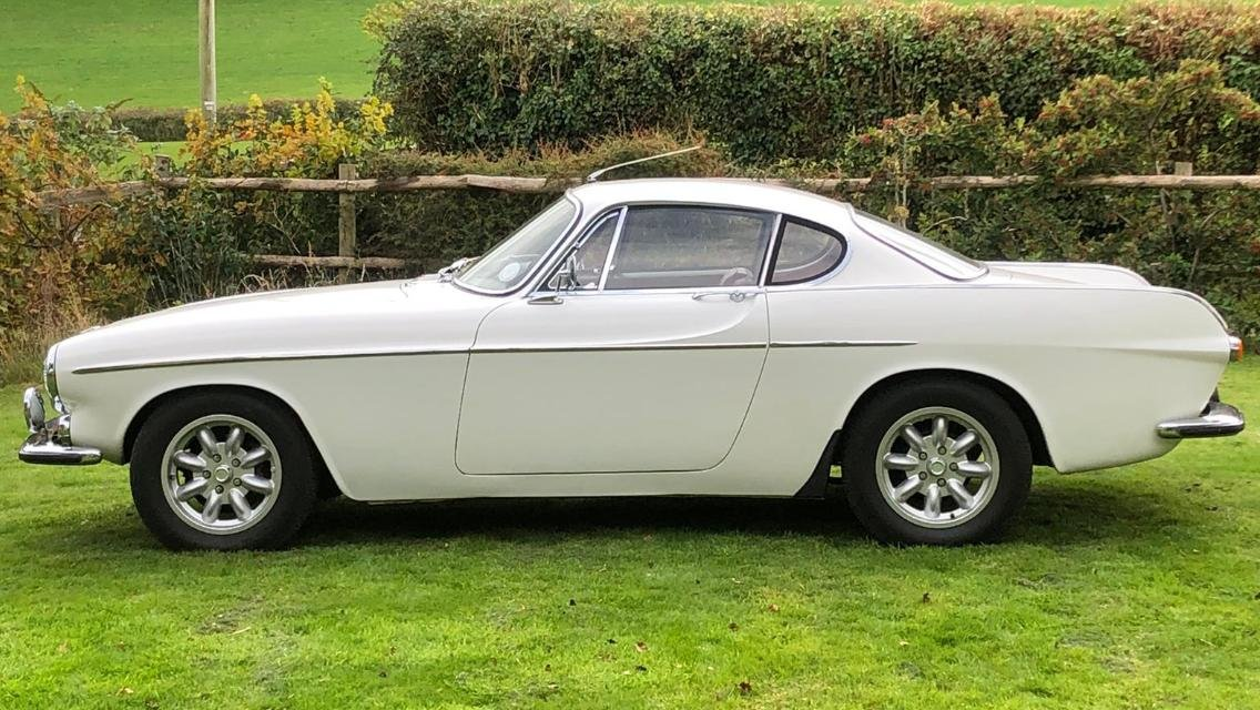 1967 Stunning Volvo P1800S For Sale (picture 2 of 6)