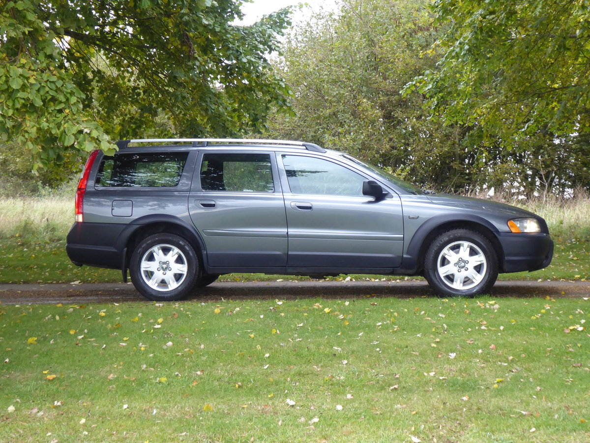 2004 Volvo XC70 SOLD SIMILAR REQUIRED PLEASE SOLD (picture 1 of 6)