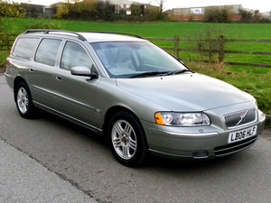 Picture of 2006 VOLVO V70 AWD D5 185 SE // 90000 MILES // RARE MANUAL