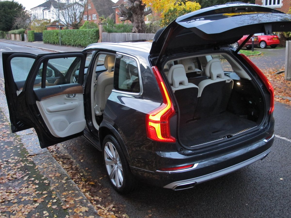 VOLVO XC90 2.0 D5 INSCRIPTION PRO 235 AWD 2018MY - NOW SOLD For Sale (picture 5 of 12)